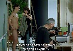 زنان پوشیده و مردان برهنه