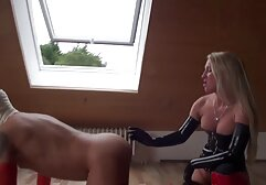 - بزرگ همراه Candice نیکول بمکد مانند او یک حرفه ای برادر خواهر سکس